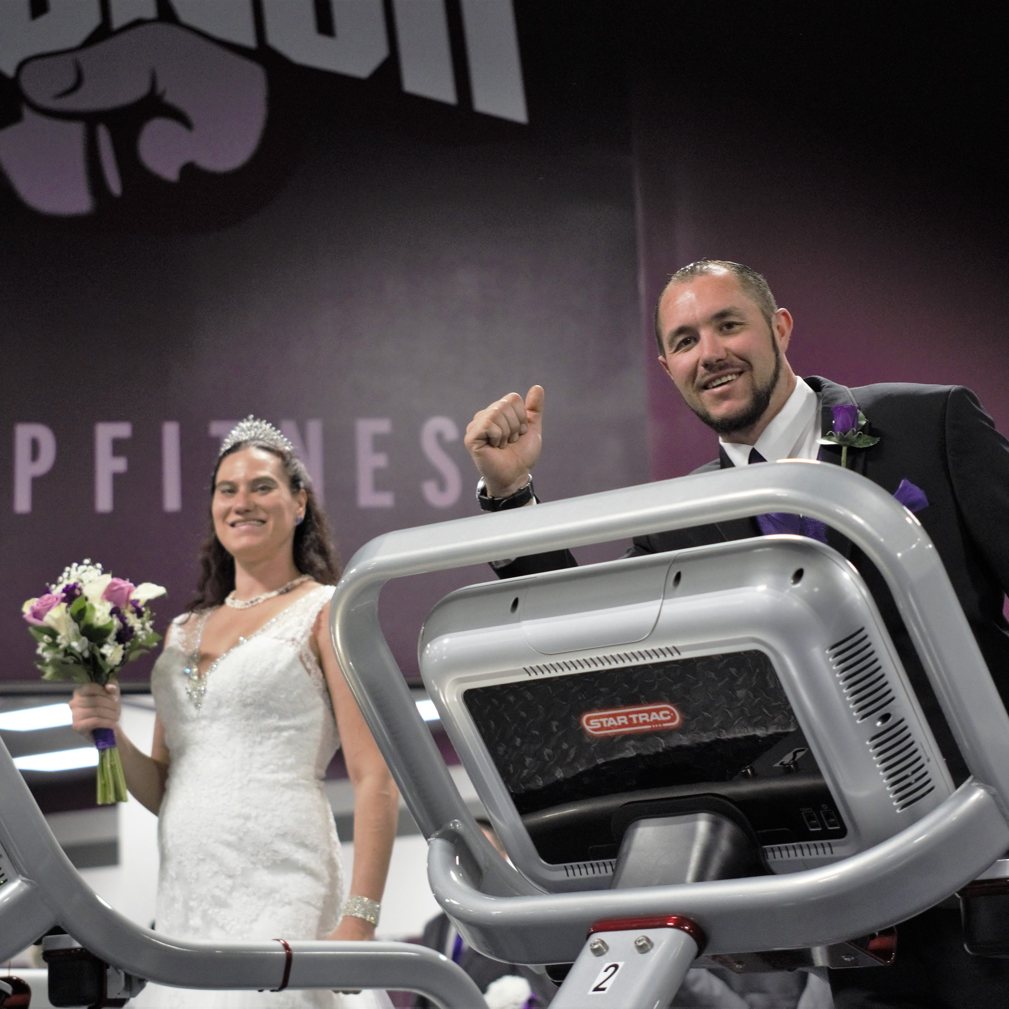 Las Cruces couple married in Crunch Fitness gym shares story behind wedding
