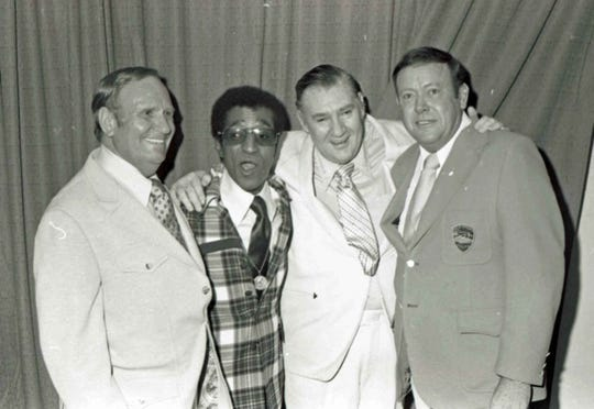 Gene Autry, Sammy Davis, Jr. with Pat Buttram and Police Chief Robert White at Police Show Benefit, 1970.