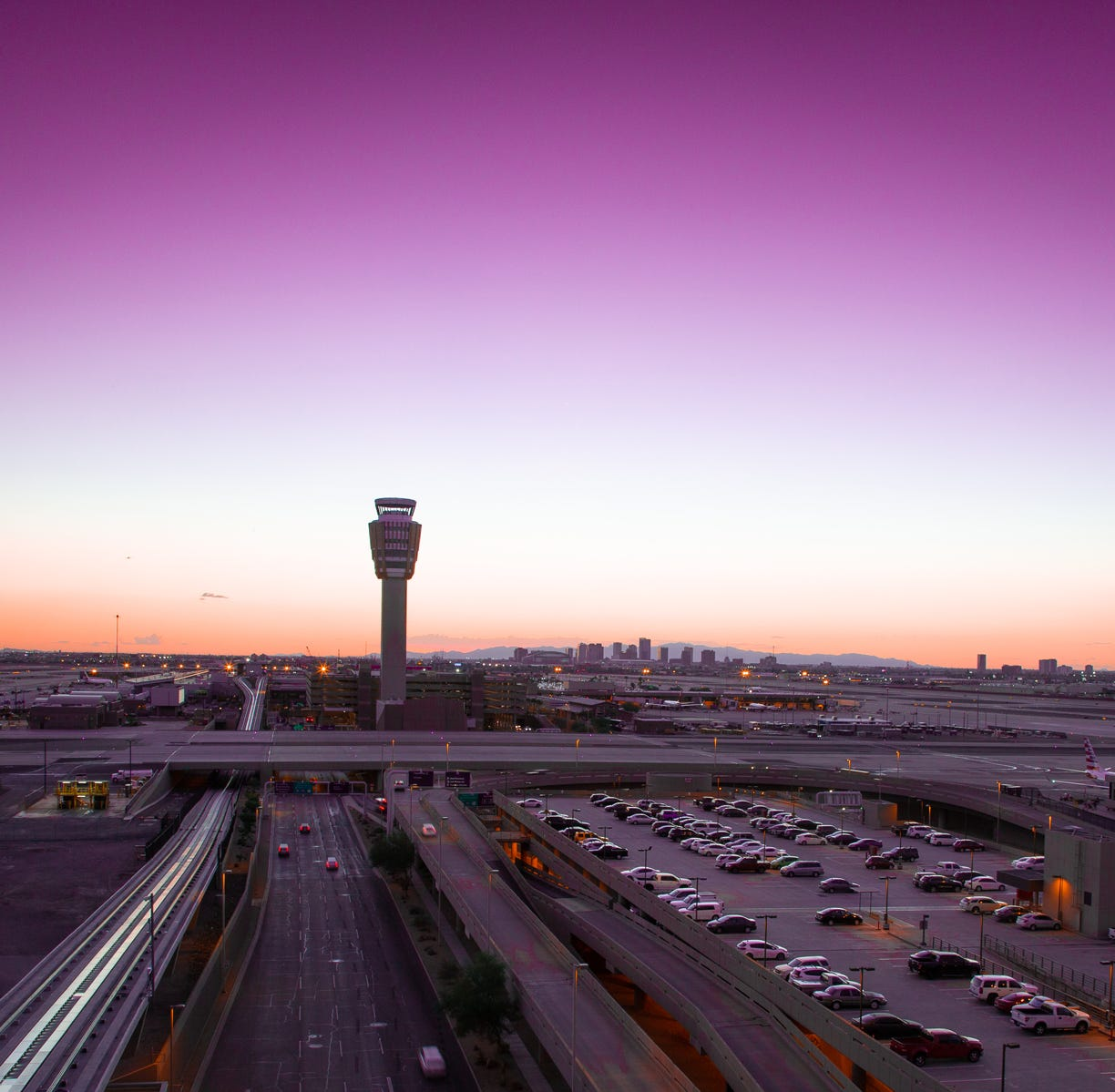 What U.S. airport has the best shopping? Phoenix, according to travelers