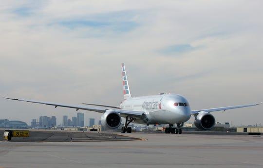 American Airlines plane at Phoenix Sky Harbor International Airport.