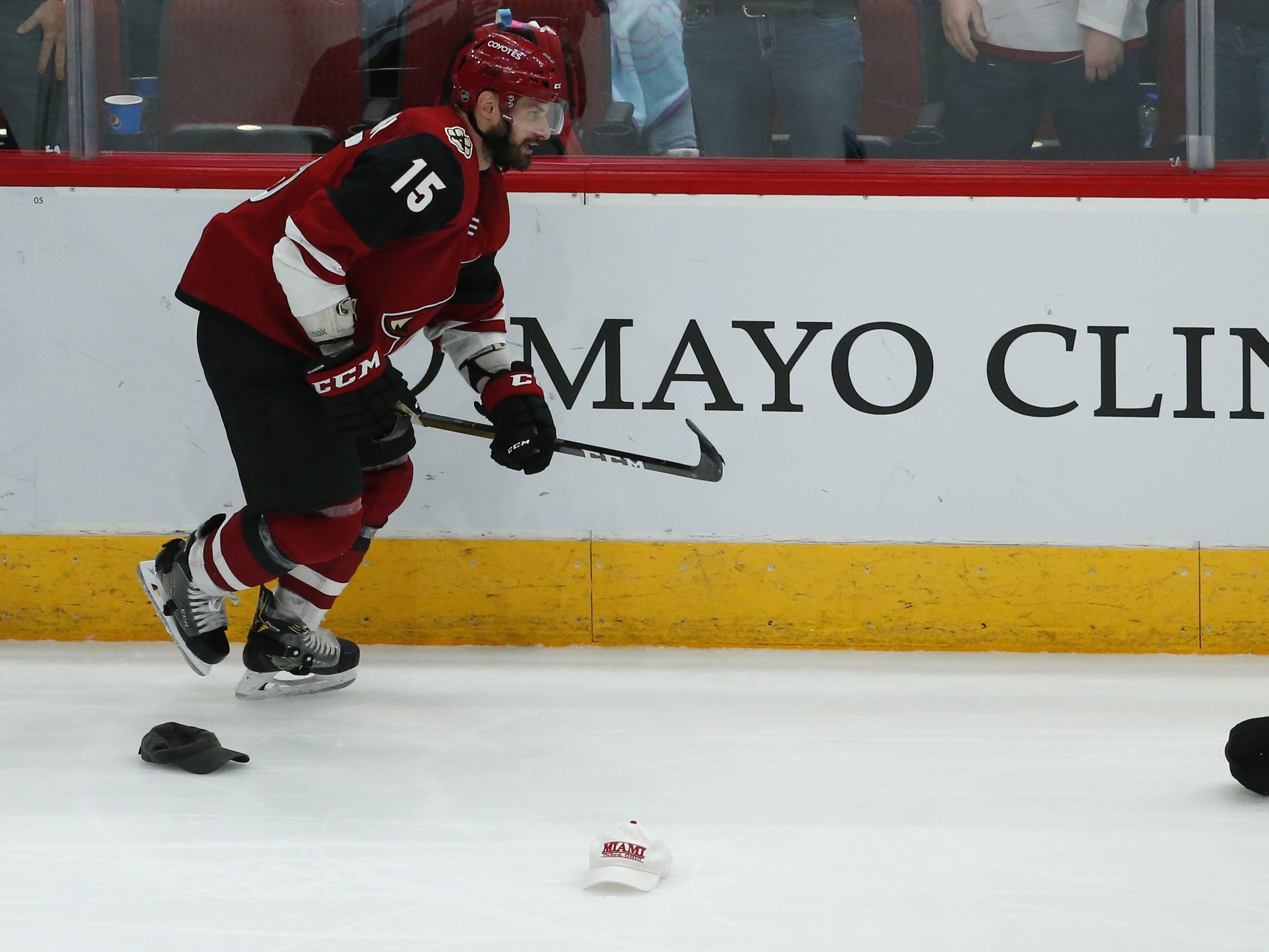 Arizona Coyotes center Brad Richardson (15) scores a hat trick during a NHL game against the Vancouver Canucks at Gila River Arena in Glendale on February 28.