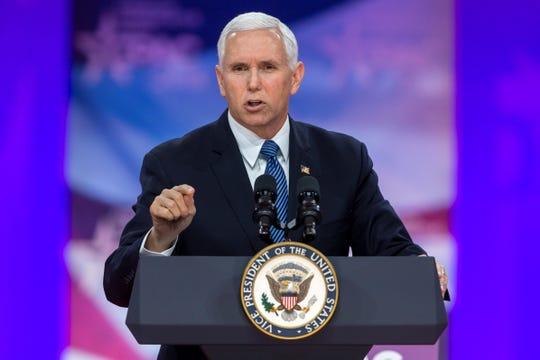 El vicepresidente estadounidense, Mike Pence, participa en la Conferencia de Acción Política Conservadora (CPAC), este viernes en Maryland (Estados Unidos).