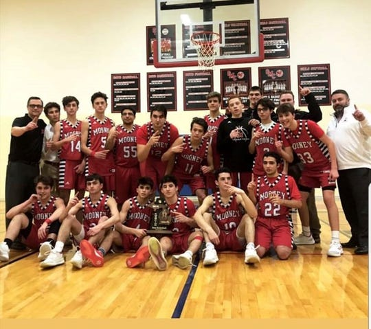 Cardinal Mooney wins district title. Photo submitted by Elena Hoxsie.