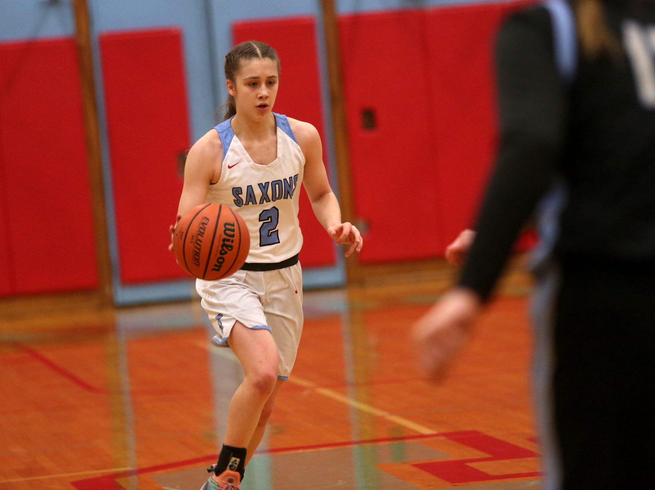 South Salem's Hilary James (2) dribbles during the South Salem vs. Mountainside girls basketball OSAA playoff game in Salem on Thursday, Feb. 28, 2019.