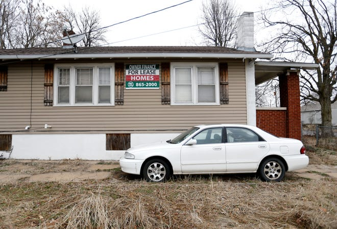 A 417 Rentals property that is being foreclosed on by Great Southern Bank.