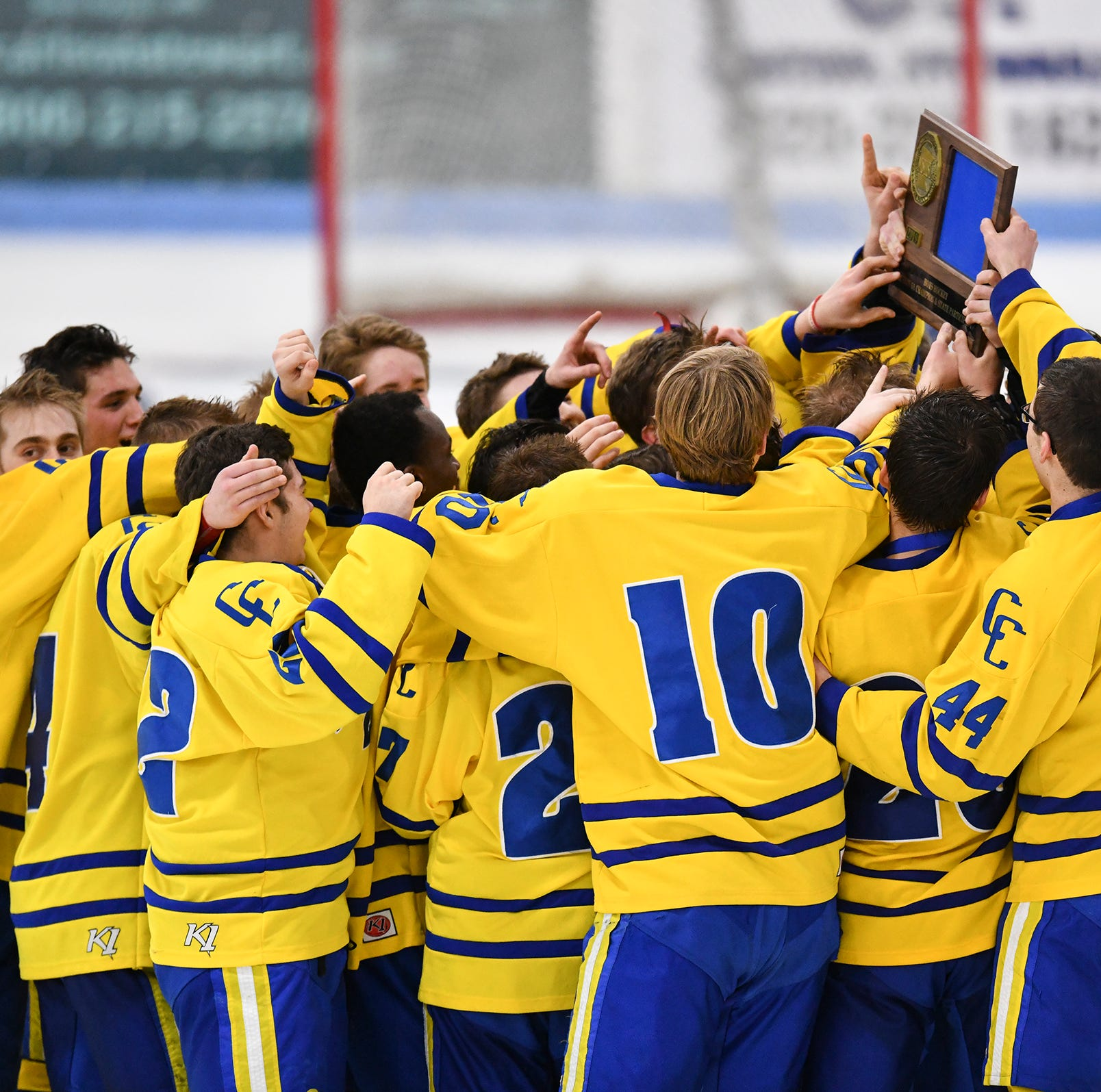 Hockey live updates: St. Cloud Cathedral vs. North Branch