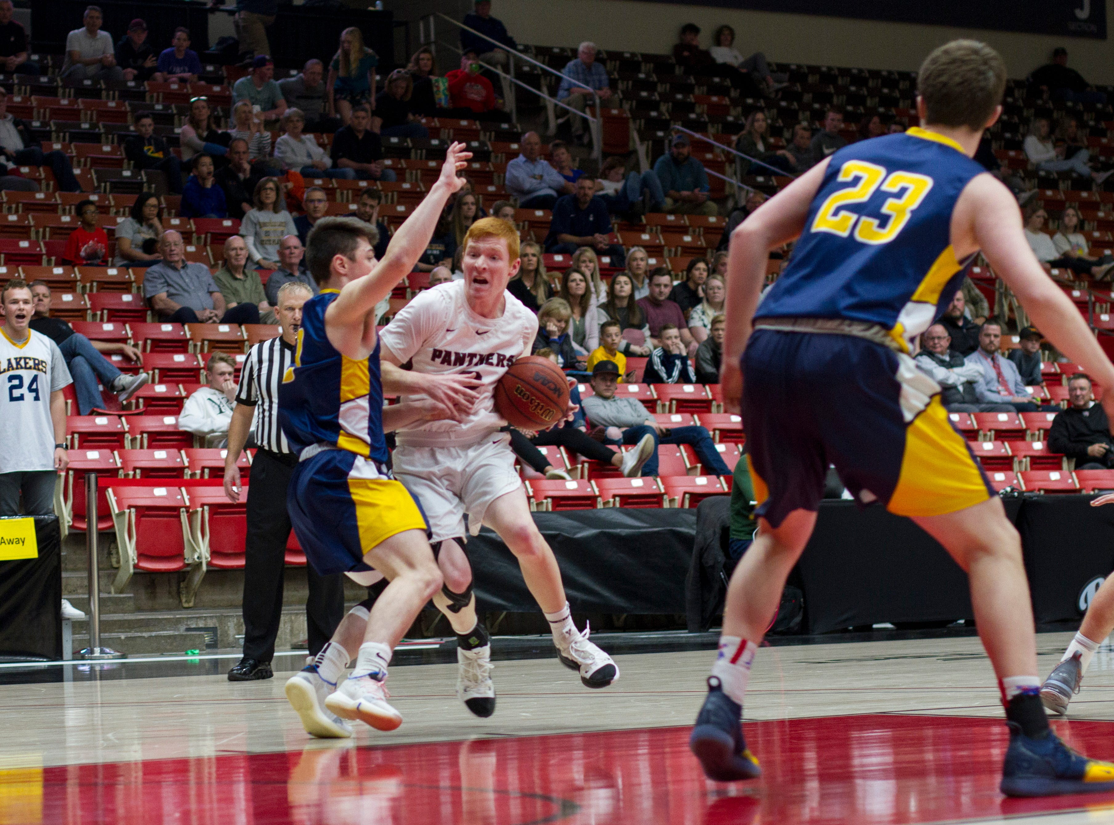 The Bonneville Lakers defeat the Pine View Panthers 60-46 during the state quarterfinals Thursday, Feb. 28, 2019.