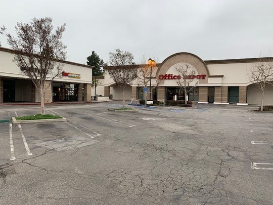San Fernando Valley-based real estate investor Agora Realty & Management has acquired Office Depot Plaza in Thousand Oaks for $14.4 million, the company announced this week.