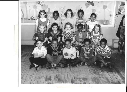 A Liberty Street School kindergarten class picture from 1952