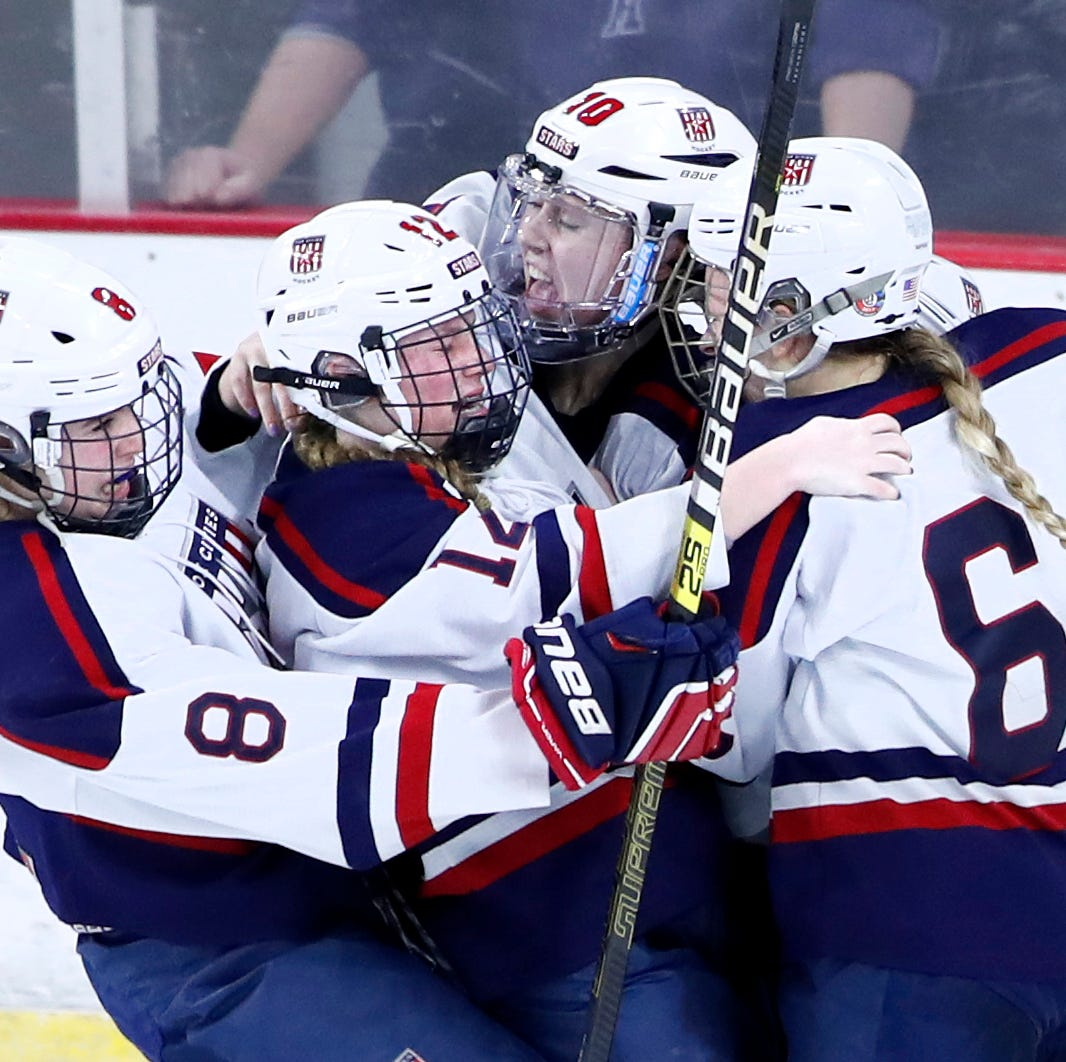 WIAA state hockey: Jablonski's goal in second overtime gives Fox Cities Stars state title