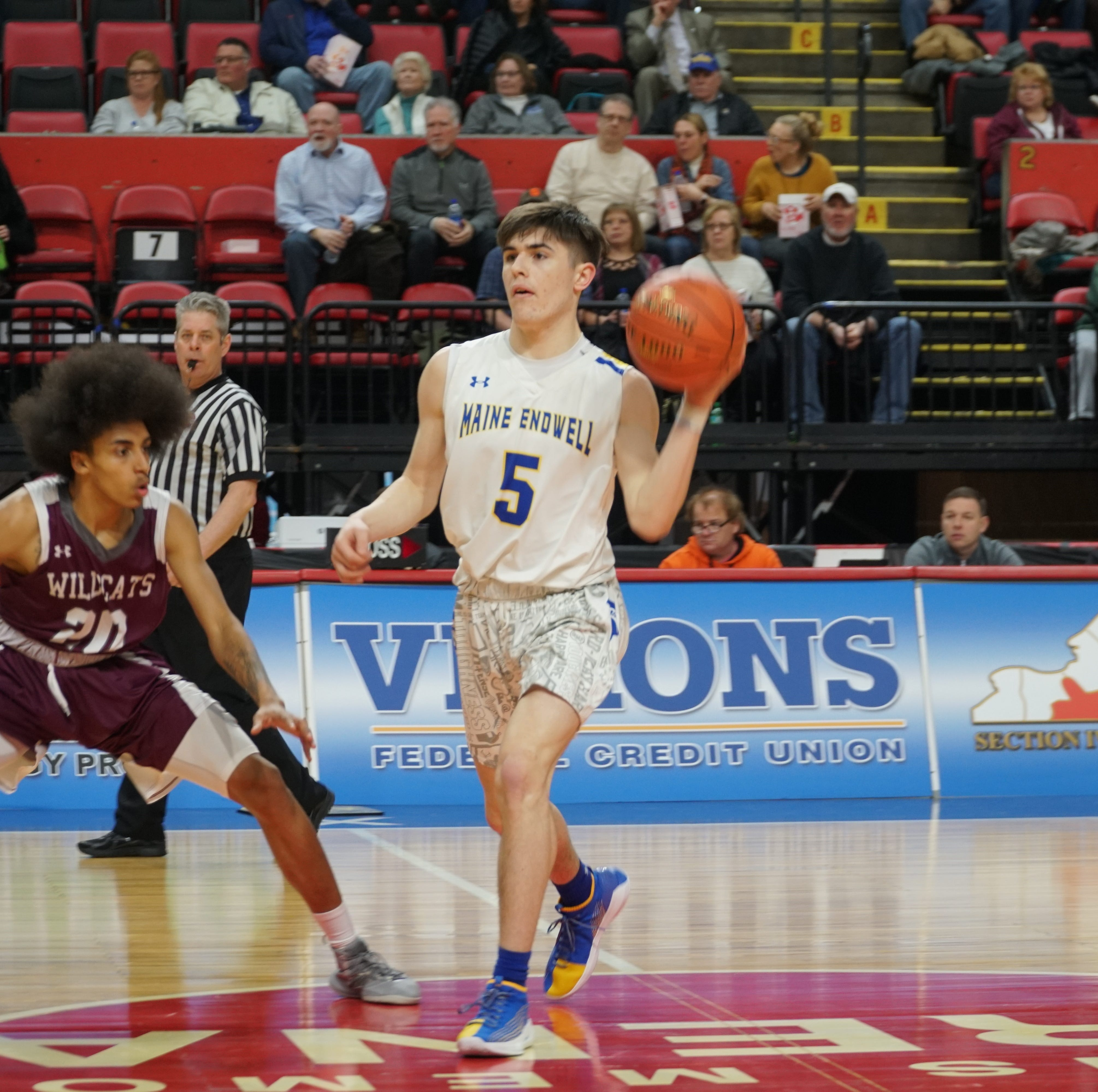 Boys Basketball: Harris' 27 points lead JC to sectional title
