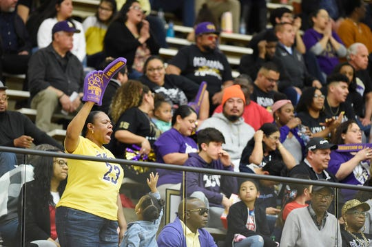 Miller takes on Houston in the Region IV-5A boys basketball tournament, Friday, March 1, 2019, in San Antonio.