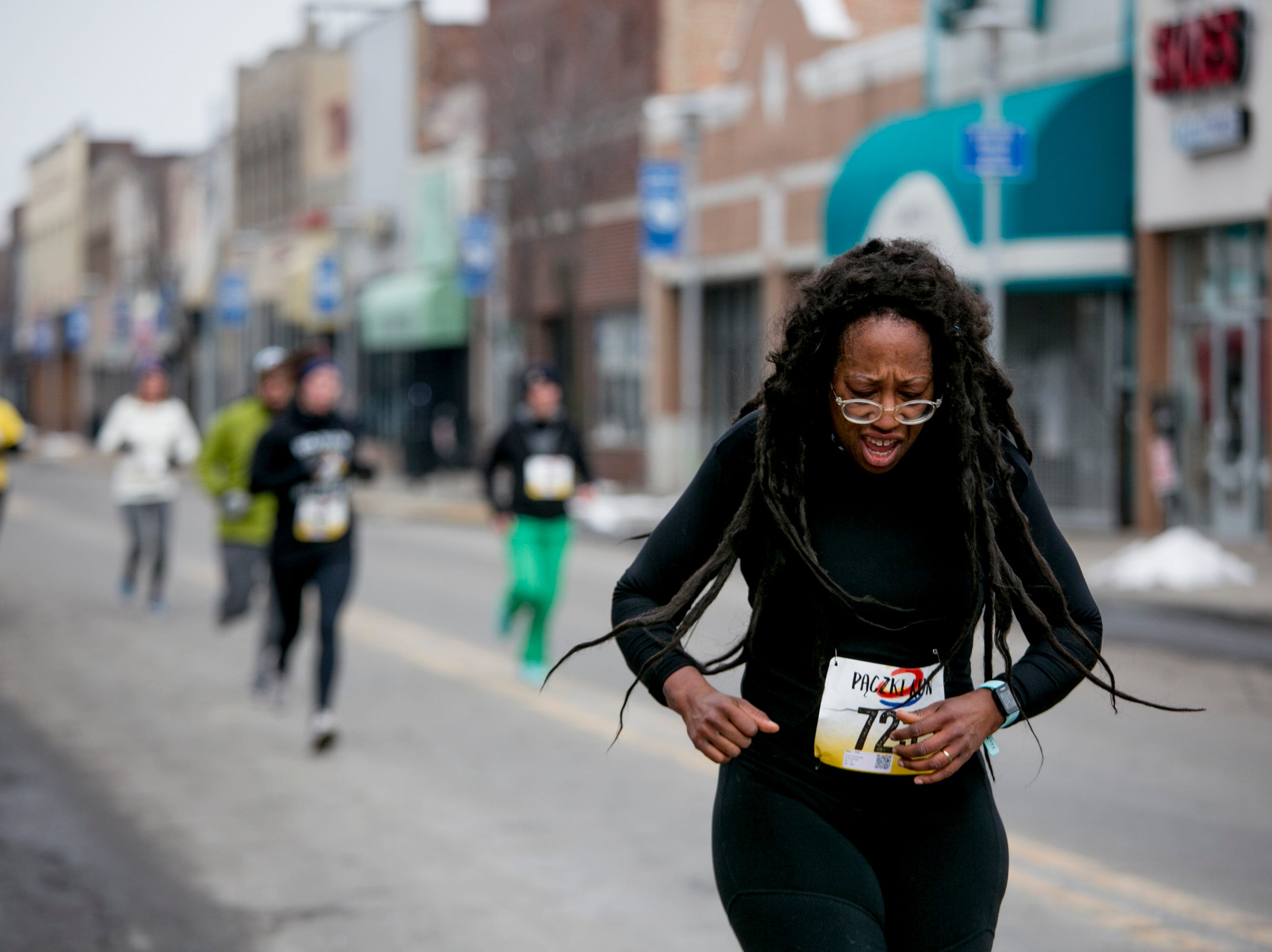 People run in the  the 7th Annual Tour-de-Troit Paczki Run.