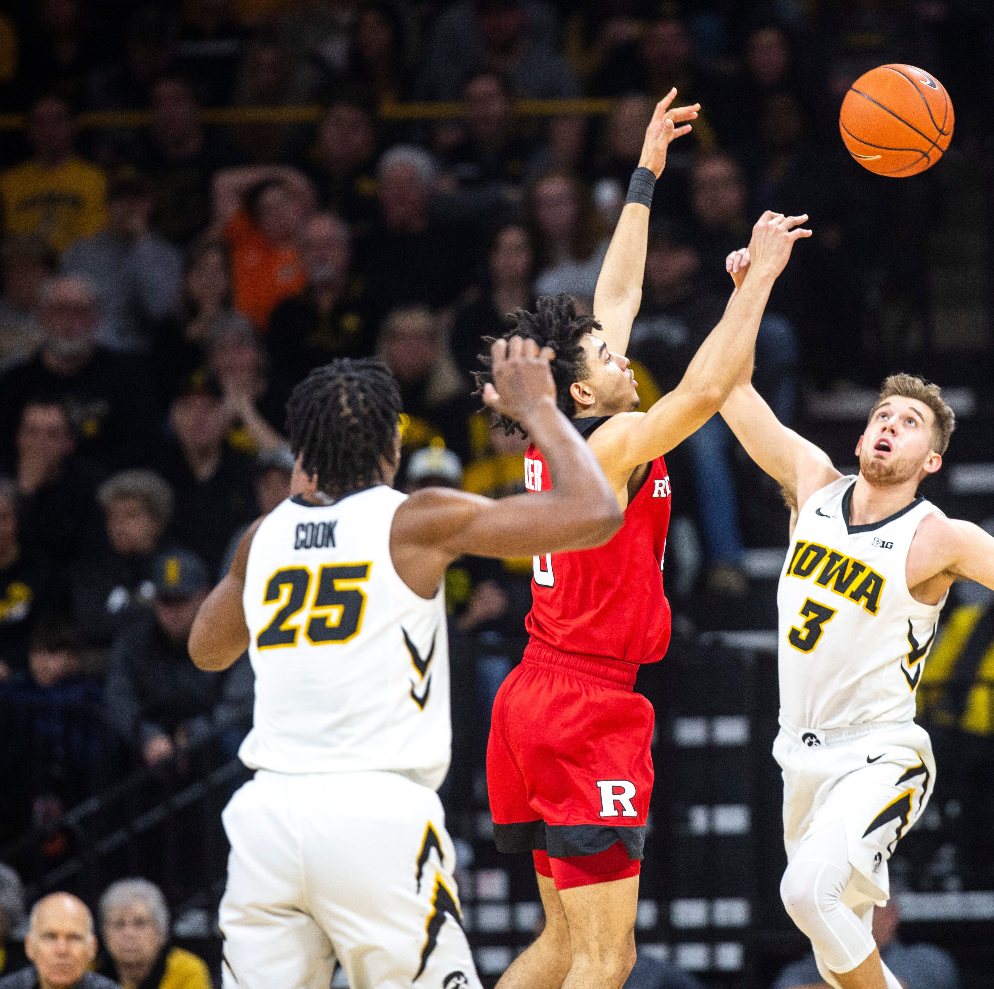 Leistikow's thoughts: Hawkeyes need to play 'angry' at Wisconsin; what about hack-a-Happ?
