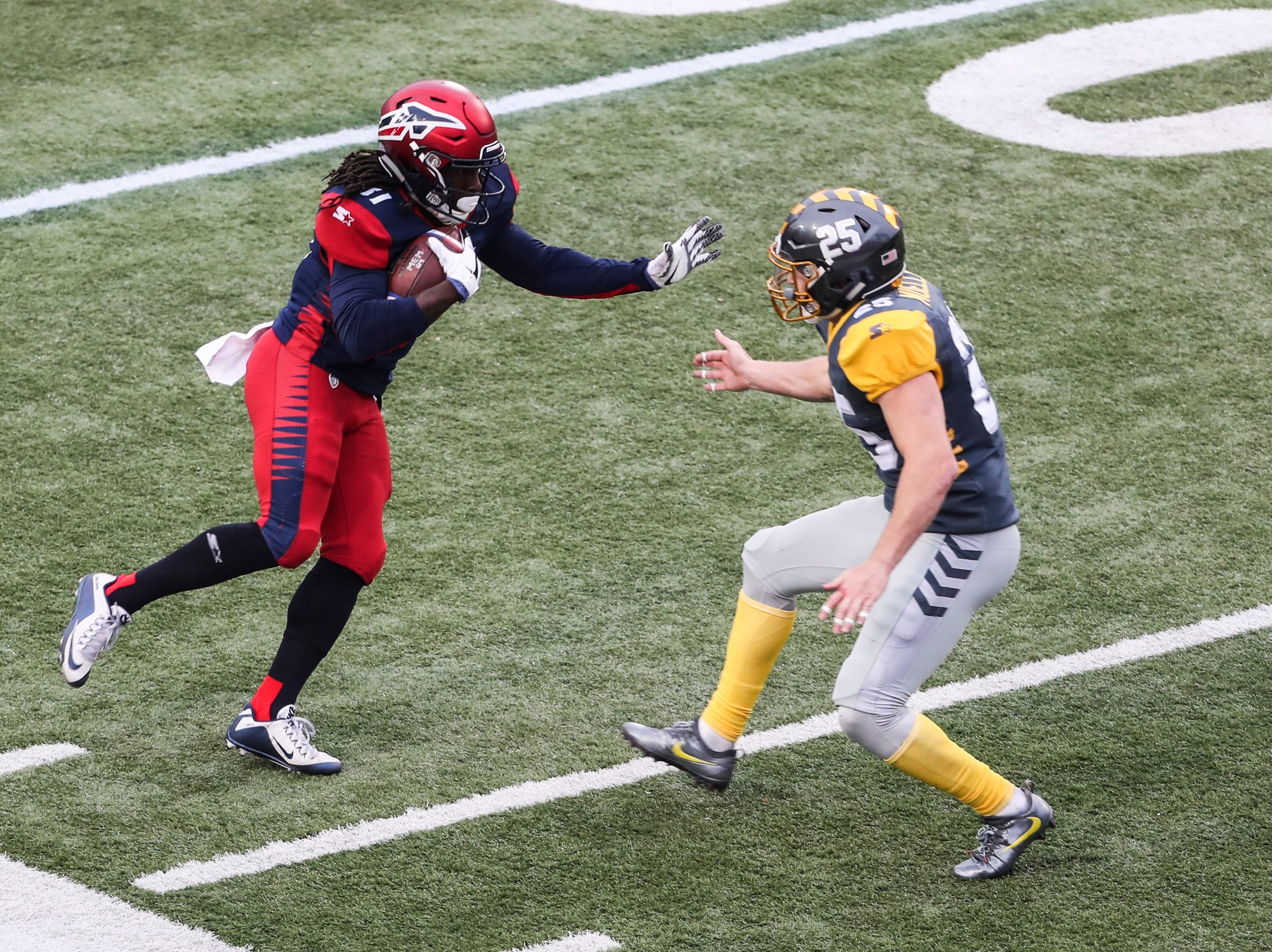 """March 02, 2019 - Memphis Express' Alton """"Pig"""" Howard runs with the ball during Saturday's game against the San Diego Fleet."""