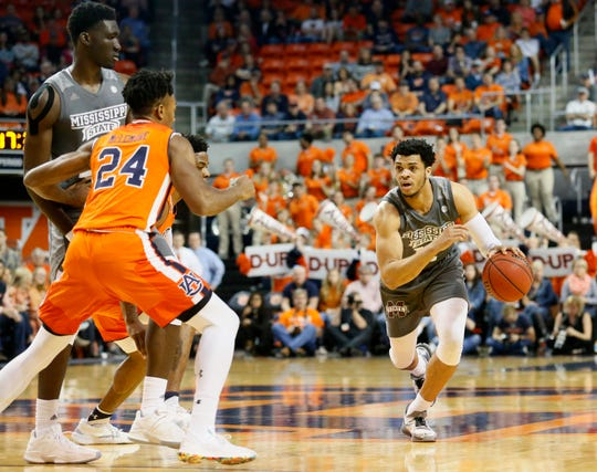 Mar 2, 2019; Auburn, AL, USA; Mississippi State Bulldogs guard Quinndary Weatherspoon (11) runs a play against the Auburn Tigers during the first half at Auburn Arena. Mandatory Credit: John Reed-USA TODAY Sports
