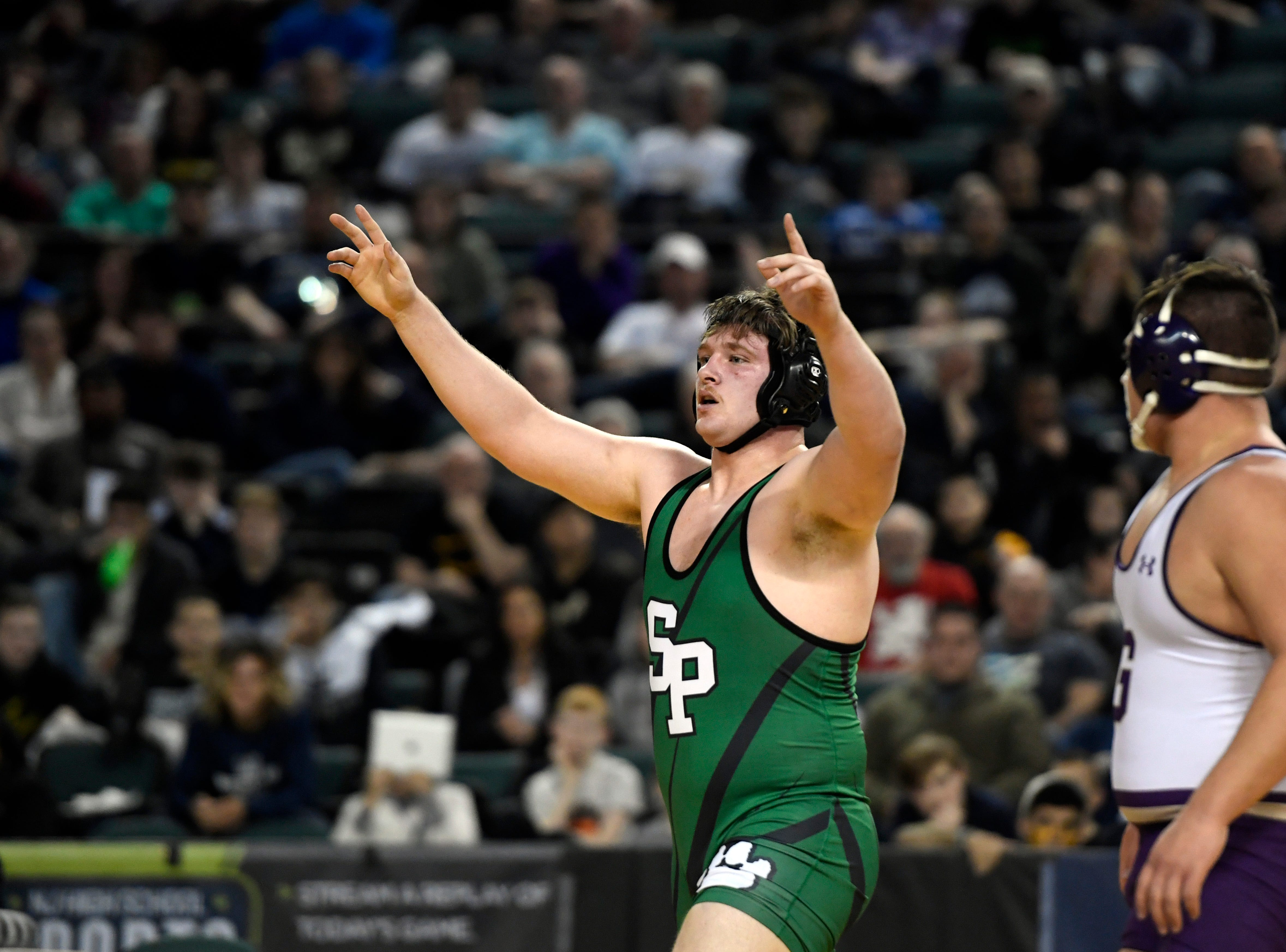 Zach DelVecchio of South Plainfield defeats Michael Filieri of Garfield, right, for the 220-pound title during the NJSIAA state wrestling tournament on Saturday, March 2, 2019, in Atlantic City.