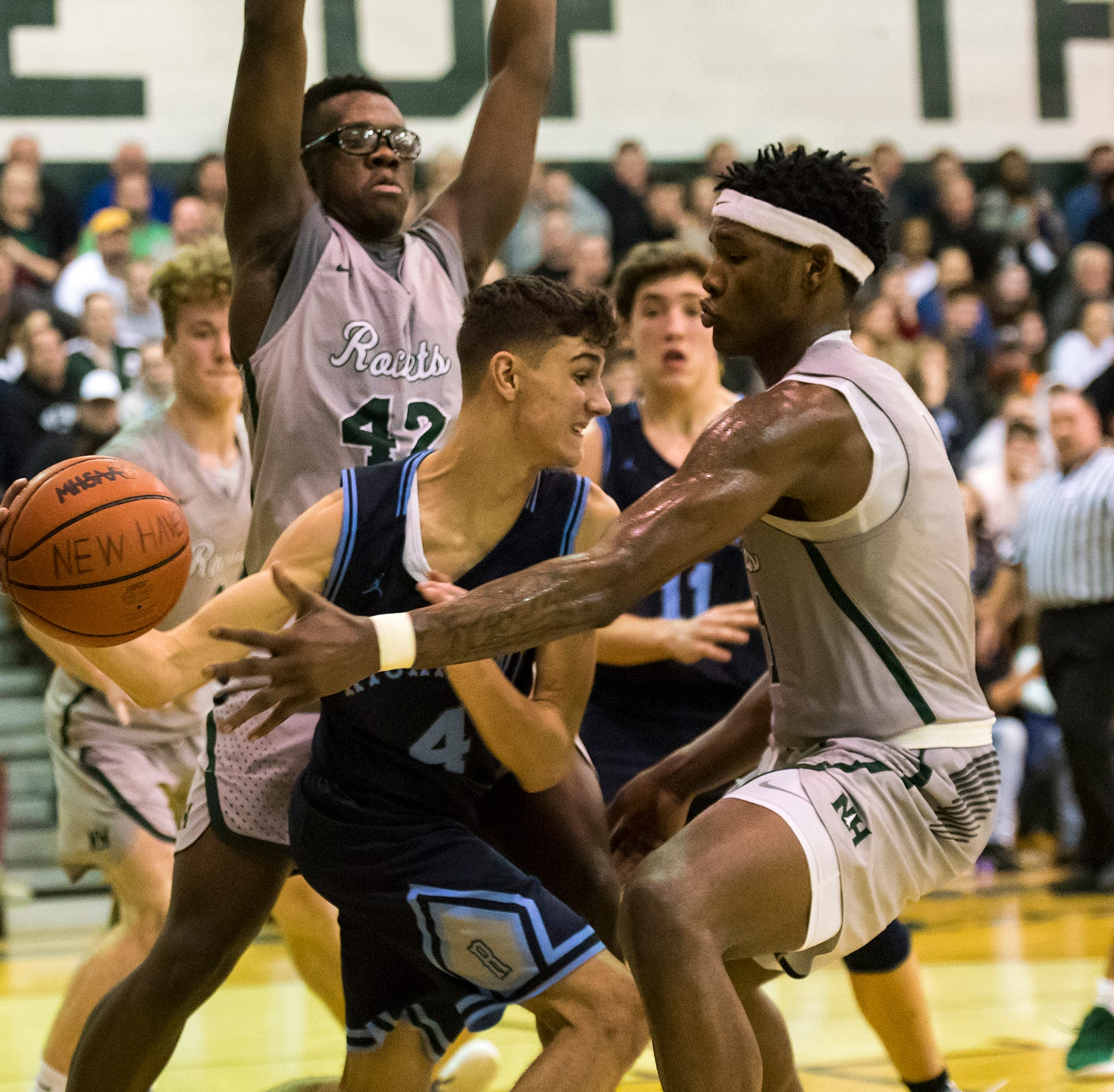 Boys Basketball: New Haven upends Richmond, wins fifth straight district title