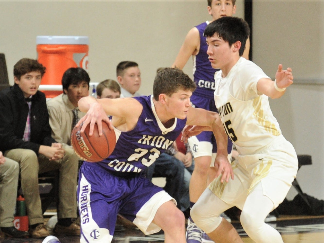 Irion County's Mo Morrow, left, tries to get around Jayton's Pecos Smith. The Jaybirds beat Irion County 47-32 in the Region II-1A championship game Saturday, March 2, 2019, at Abilene Christian's Moody Coliseum.