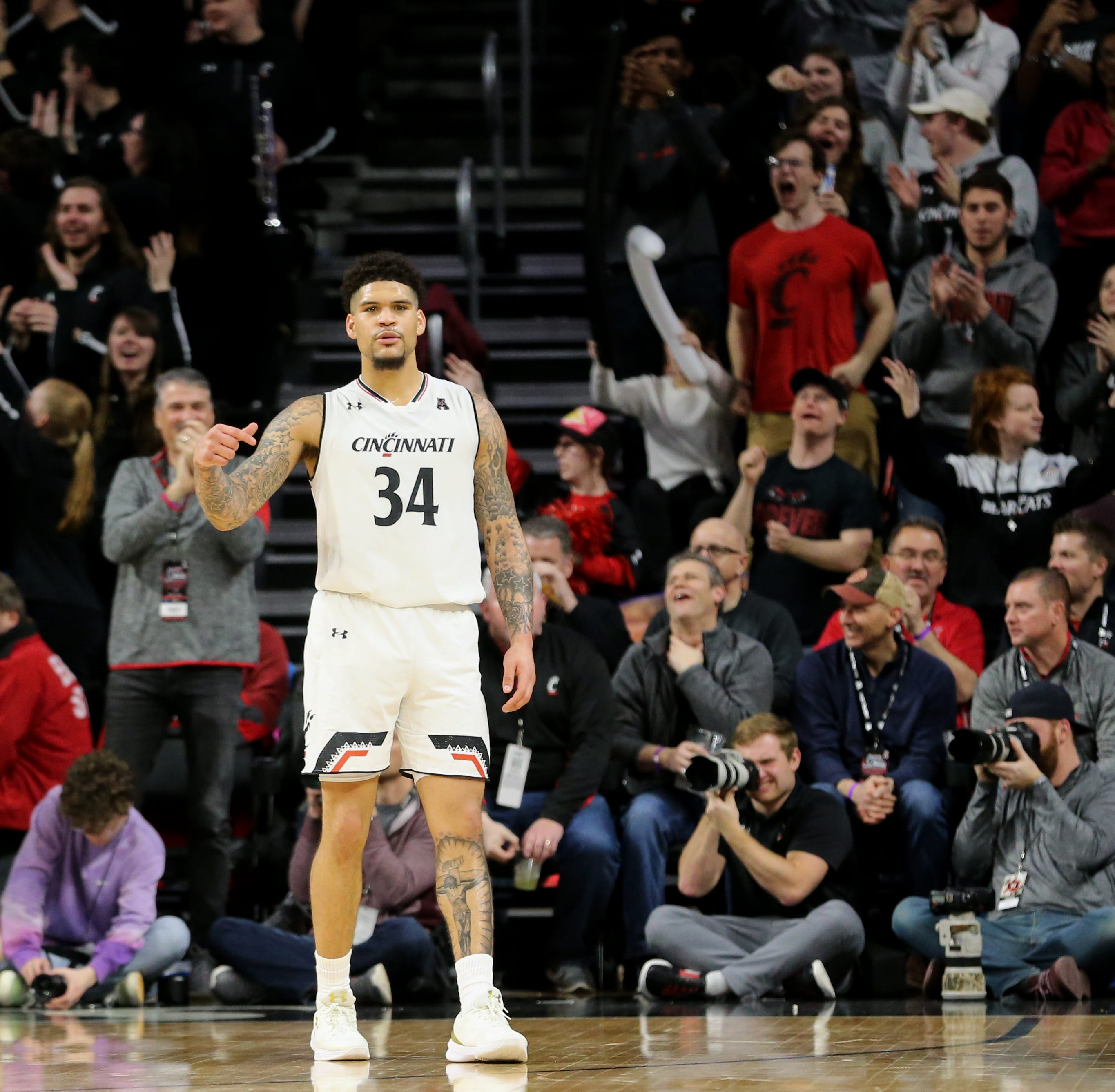 March Madness 2019: Live updates | Cincinnati Bearcats basketball vs. SMU in AAC tourney (UC leads 40-38 at half)