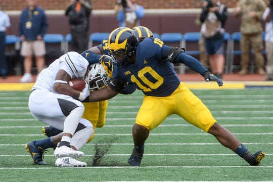 Devin Bush led the Wolverines in tackles each of the last two seasons.