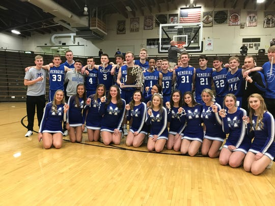 Memorial poses for a team picture after capturing the Class 3A Boonville Sectional title.