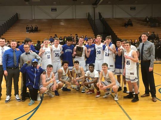 The Green Bay Southwest boys basketball team won a WIAA Division 2 regional title on Saturday.