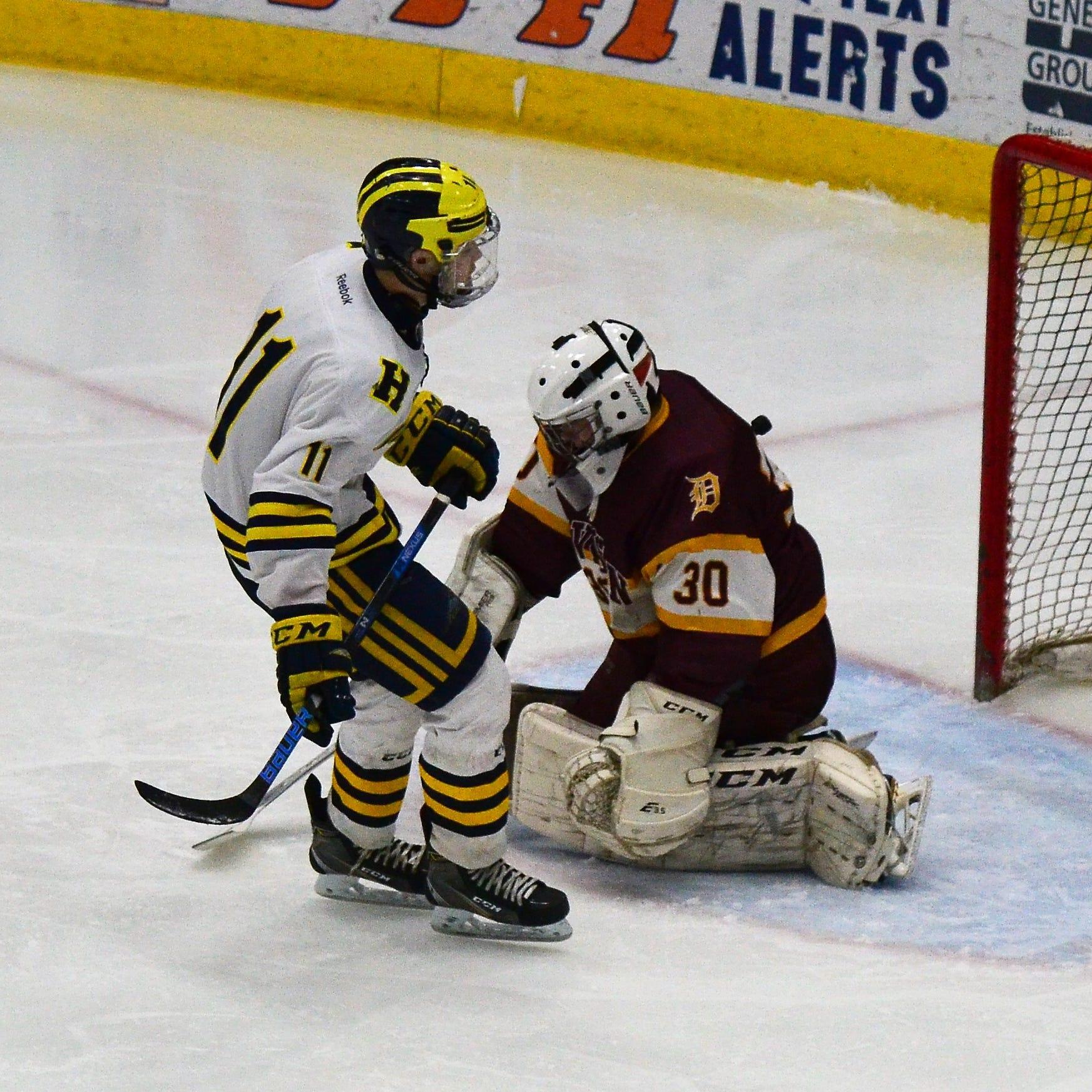 Hartland romps to regional hockey title; Howell falls to Livonia Stevenson