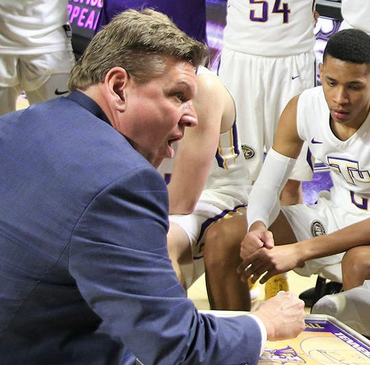 Tennessee Tech basketball coach Steve Payne resigns