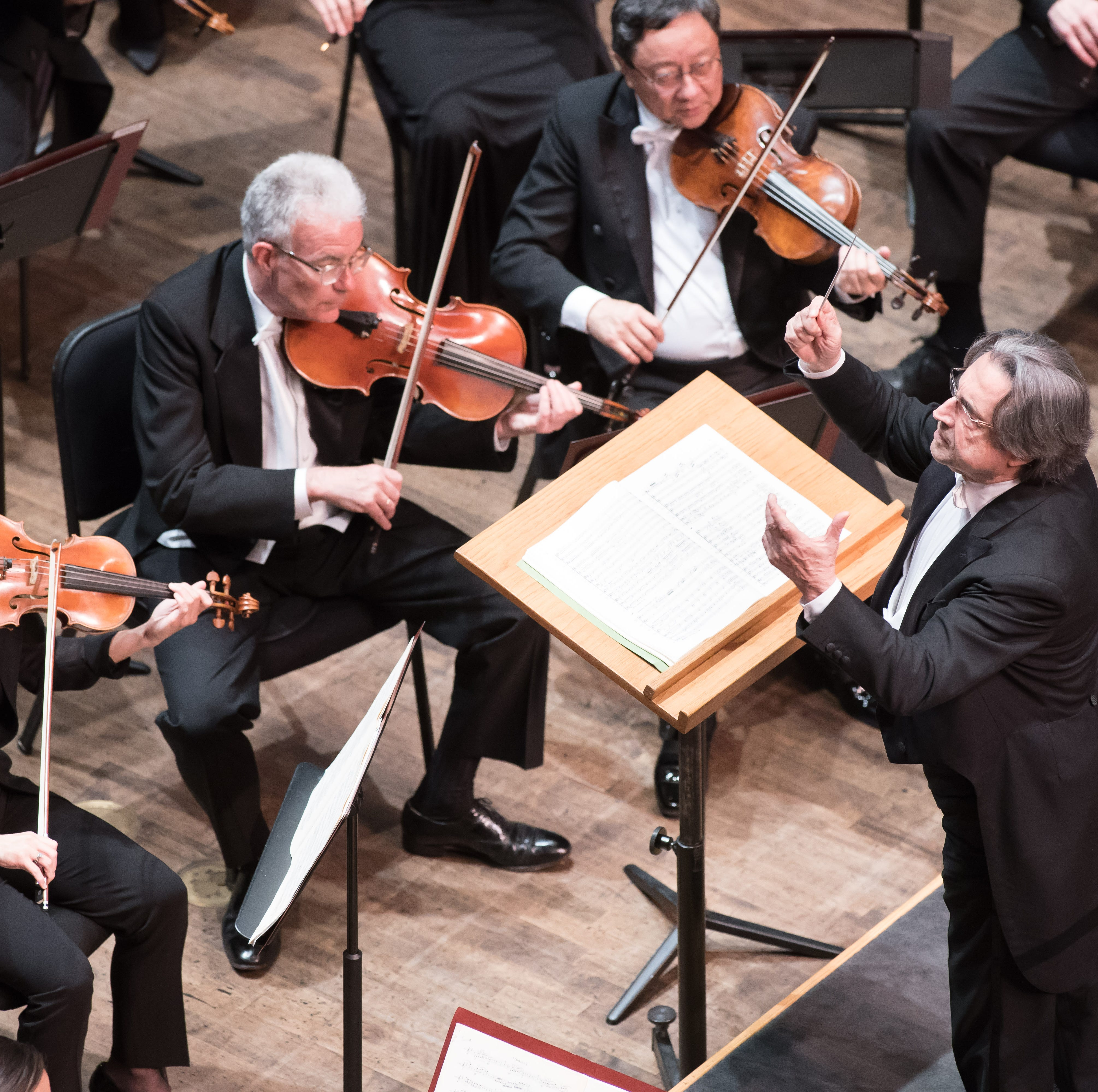 Review: Chicago symphony goes dramatic in Naples with Tchaikovsky, Arabian nights