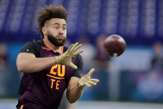 West Virginia tight end Trevon Wesco runs a drill at the NFL football scouting combine in Indianapolis, Saturday, March 2, 2019.