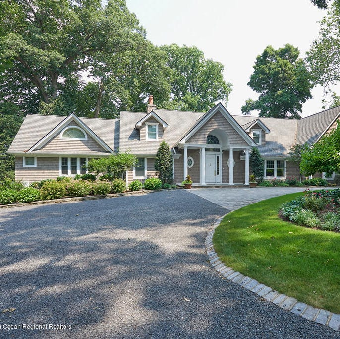 Rumson home exhibits awe-inspiring view