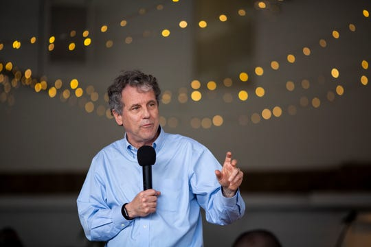 Sen. Sherrod Brown addresses the crowd at the Dorchester County Democrats' First Annual Oyster Roast at the Summerville Country Club inSummerville, S.C. Saturday, March 2, 2019.
