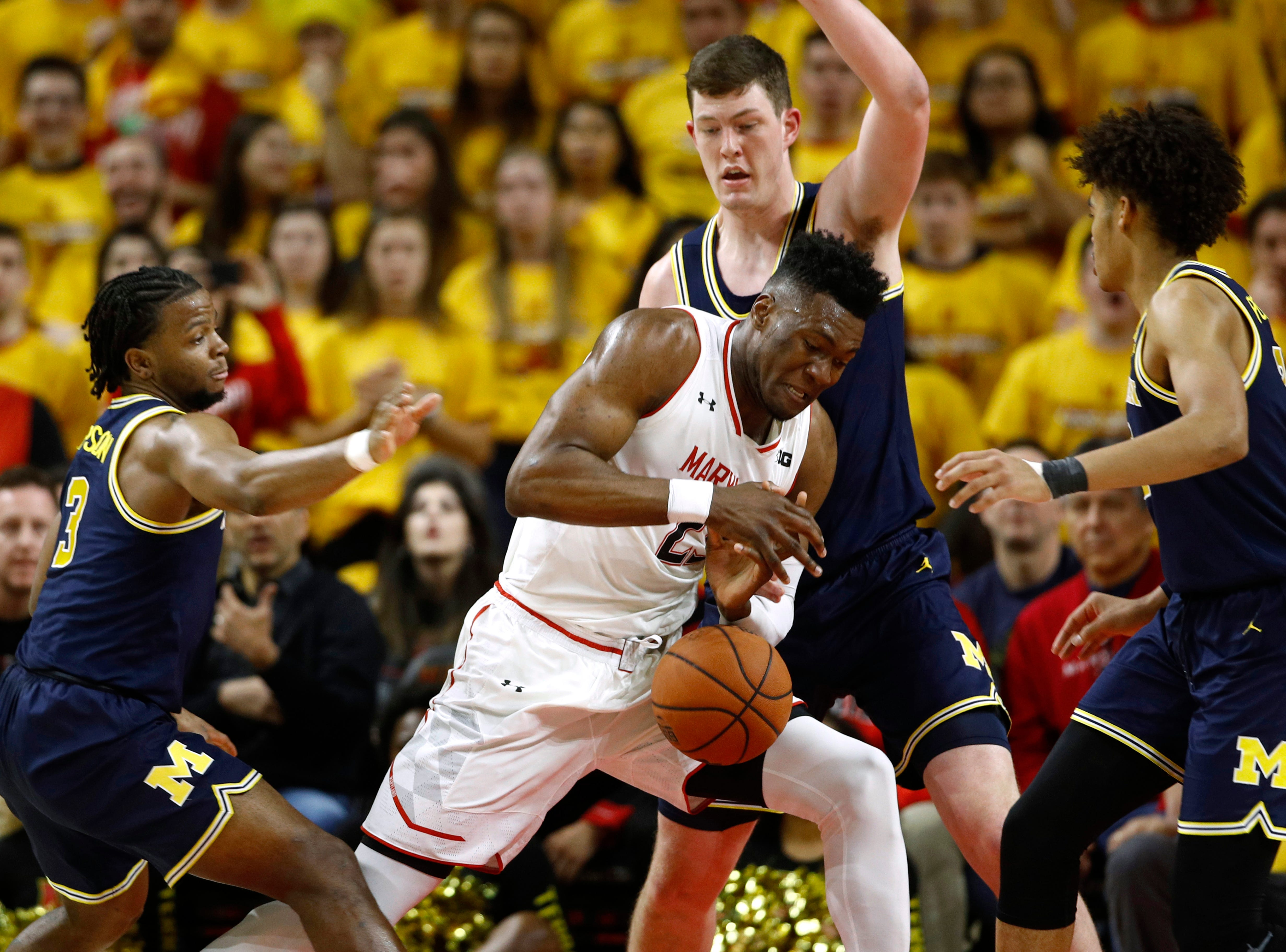 5. Maryland (21-9, 12-7) – There's no way to sugarcoat things – the Terrapins had an awful week. After going on the road and getting blasted by Penn State, the Terps faced a short-handed Michigan squad at home but couldn't take advantage. They're now in a precarious spot, needing to win the finale against Minnesota while hoping for a loss from Wisconsin to jump out of the Thursday games at the Big Ten tournament and earn a double-bye. Last week: 5.