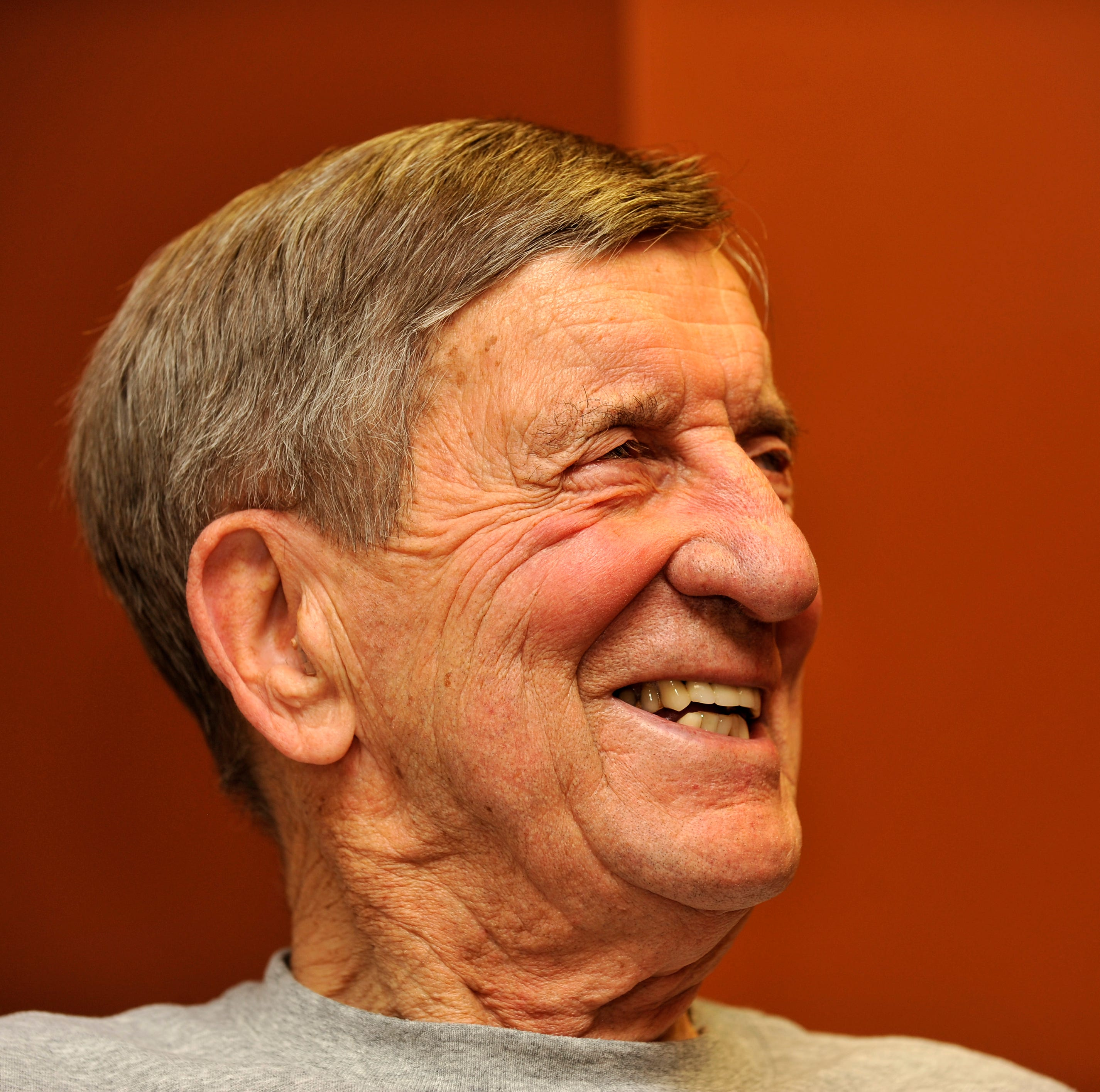 Public viewing for Ted Lindsay will take place Friday at Little Caesars Arena