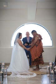 Kia and Ratu Uluiviti hired a decorator to incorporate aspects from husband Ratu's Fijian background into their ceremony.
