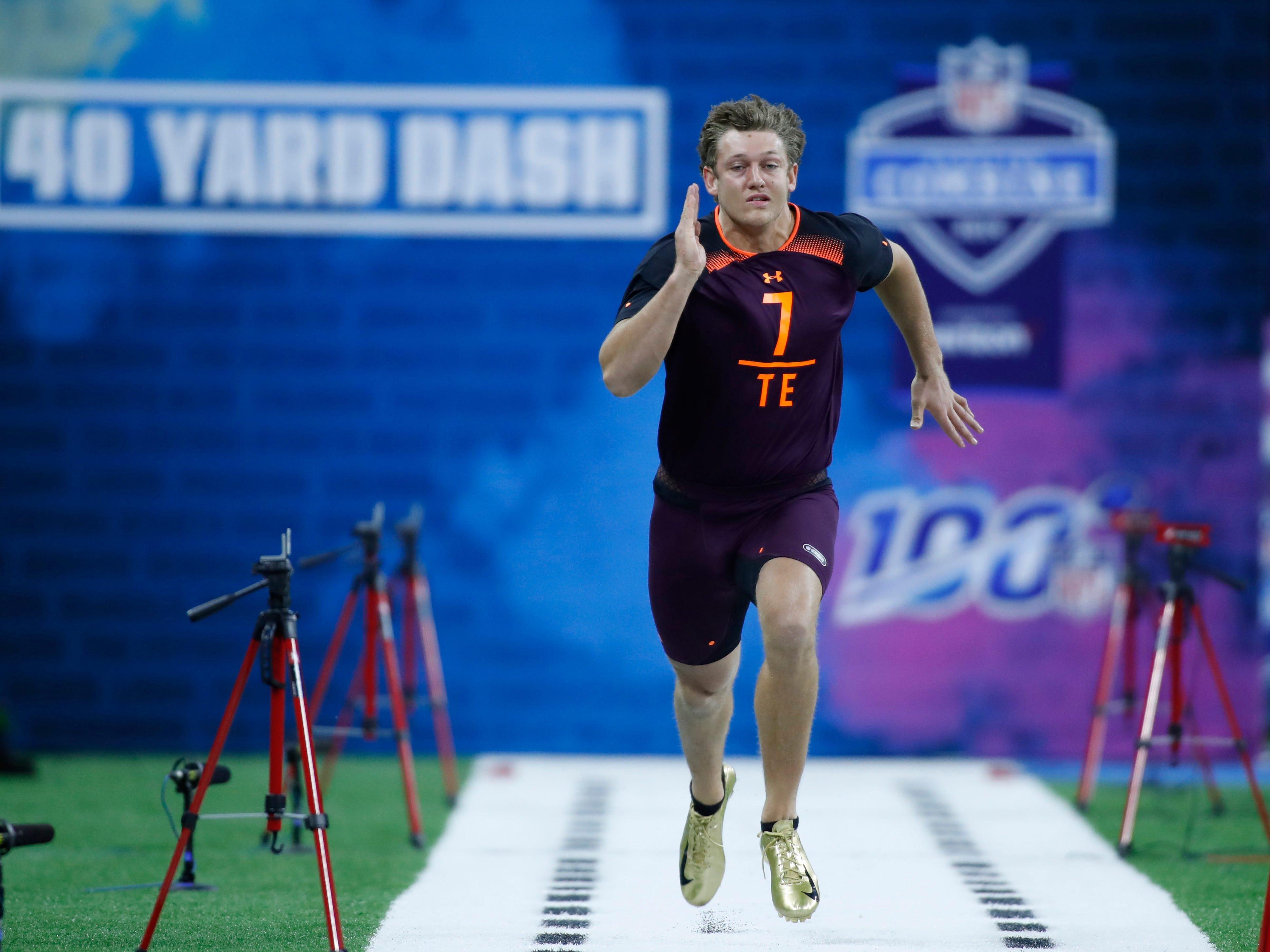 Iowa tight end T J Hockenson runs the 40 yard dash during the 2019 NFL Combine at Lucas Oil Stadium.