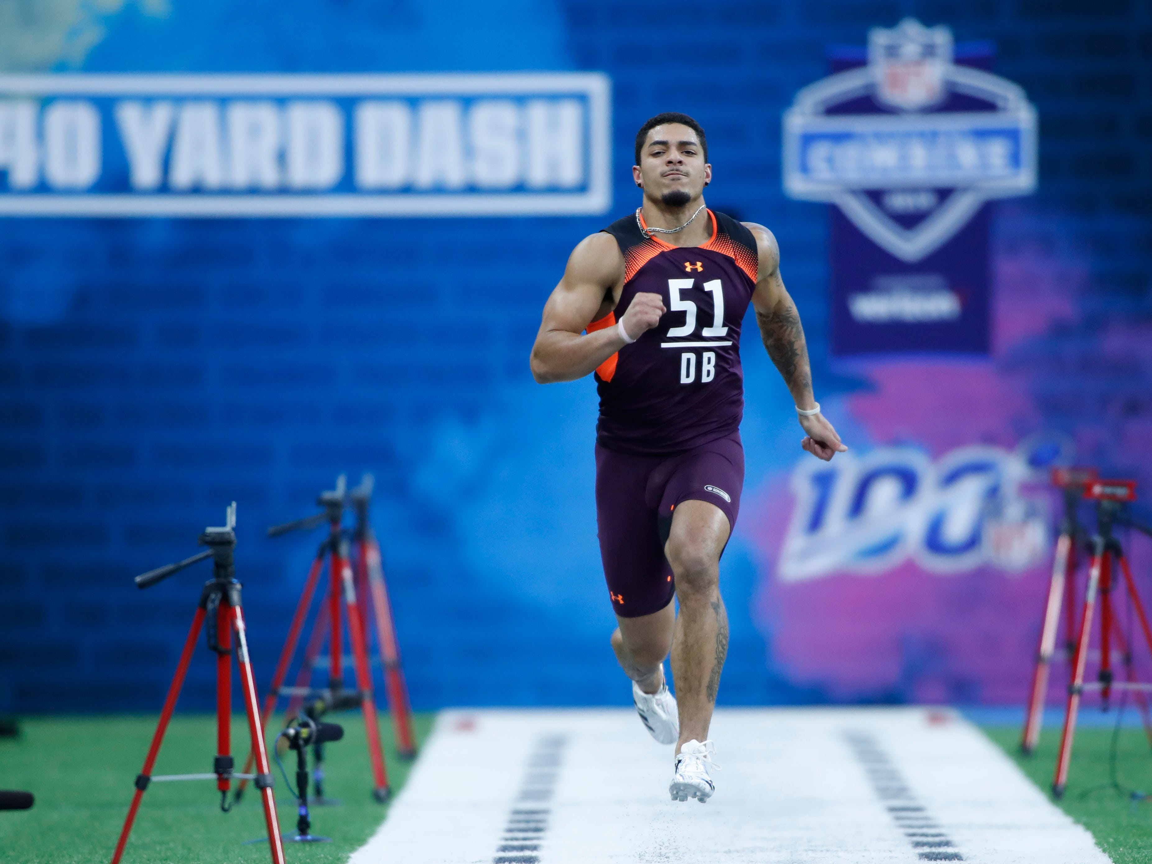 Iowa defensive back Amani Hooker runs the 40 yard dash during the 2019 NFL Combine at Lucas Oil Stadium.