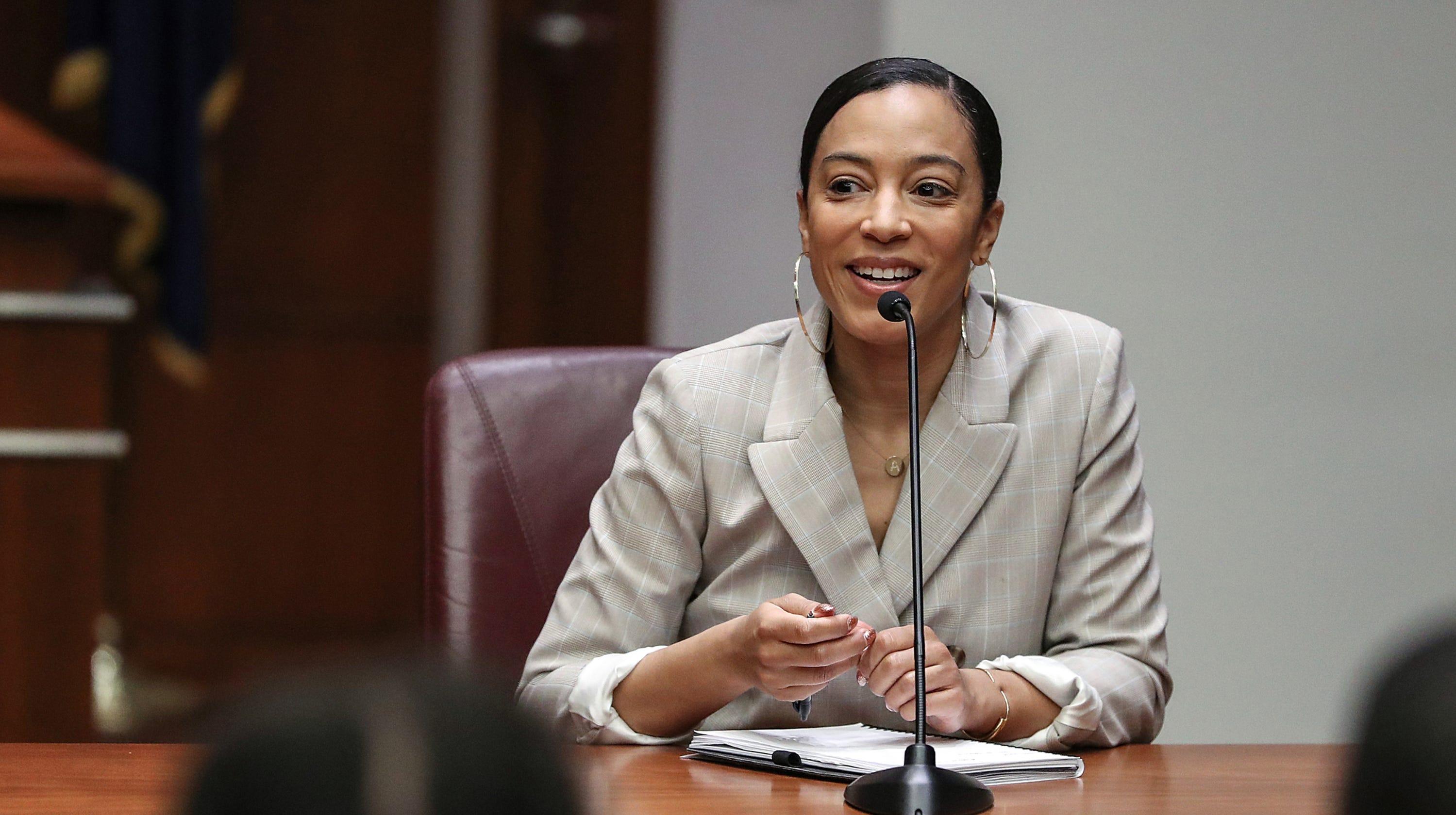 Steward Speaker Angela Rye is a poltical activist 2c54768cee