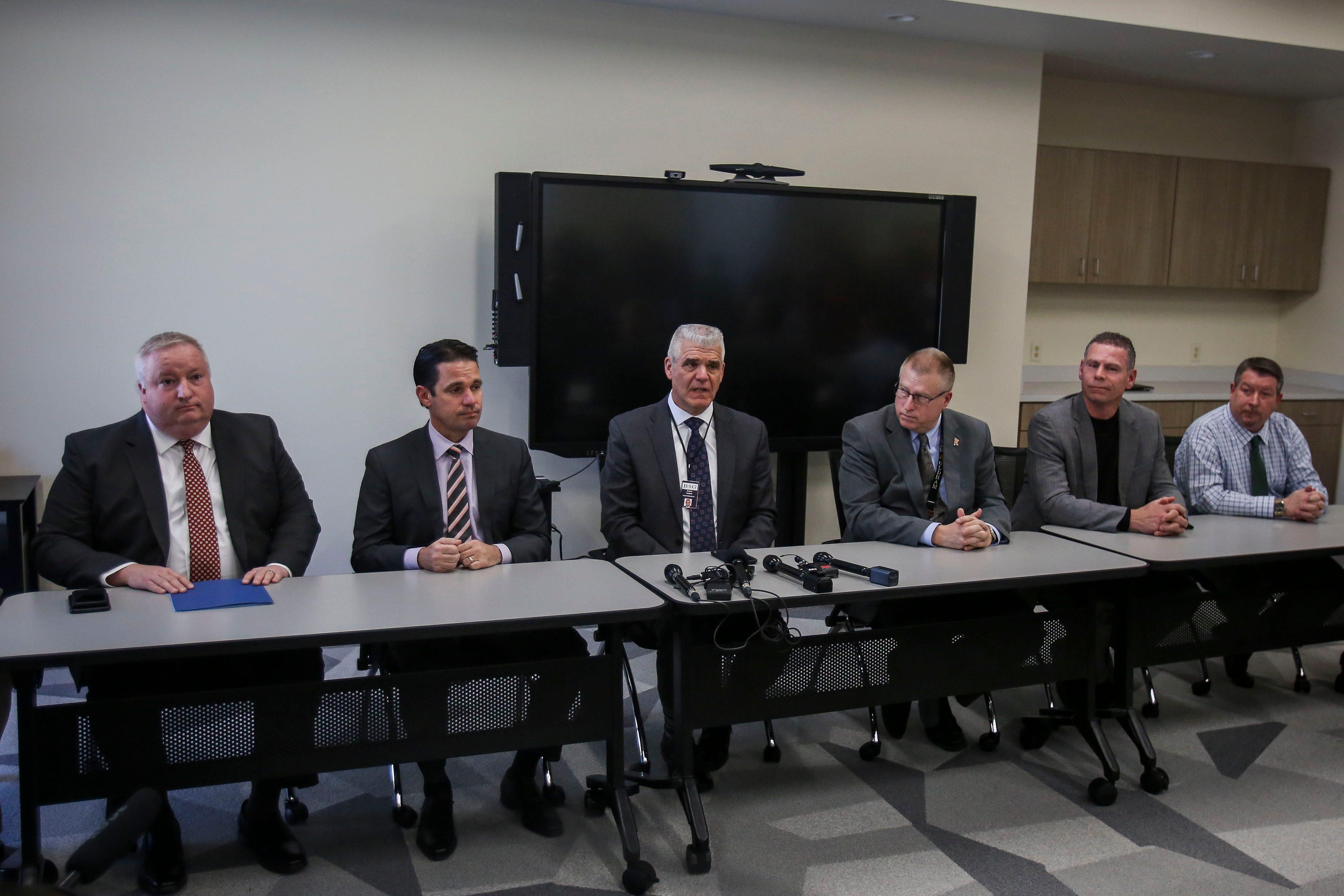 Devos And Tax Credit Vouchers Arizona >> Kentucky Superintendents Speak Against Controversial School Choice Bill