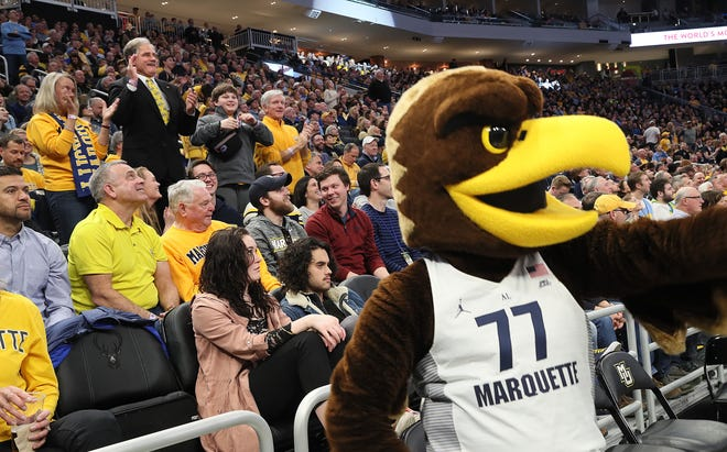You can still get flights to Hartford and San Jose to see Wisconsin teams play in the NCAA Tournament, but last minute tickets will be expensive.
