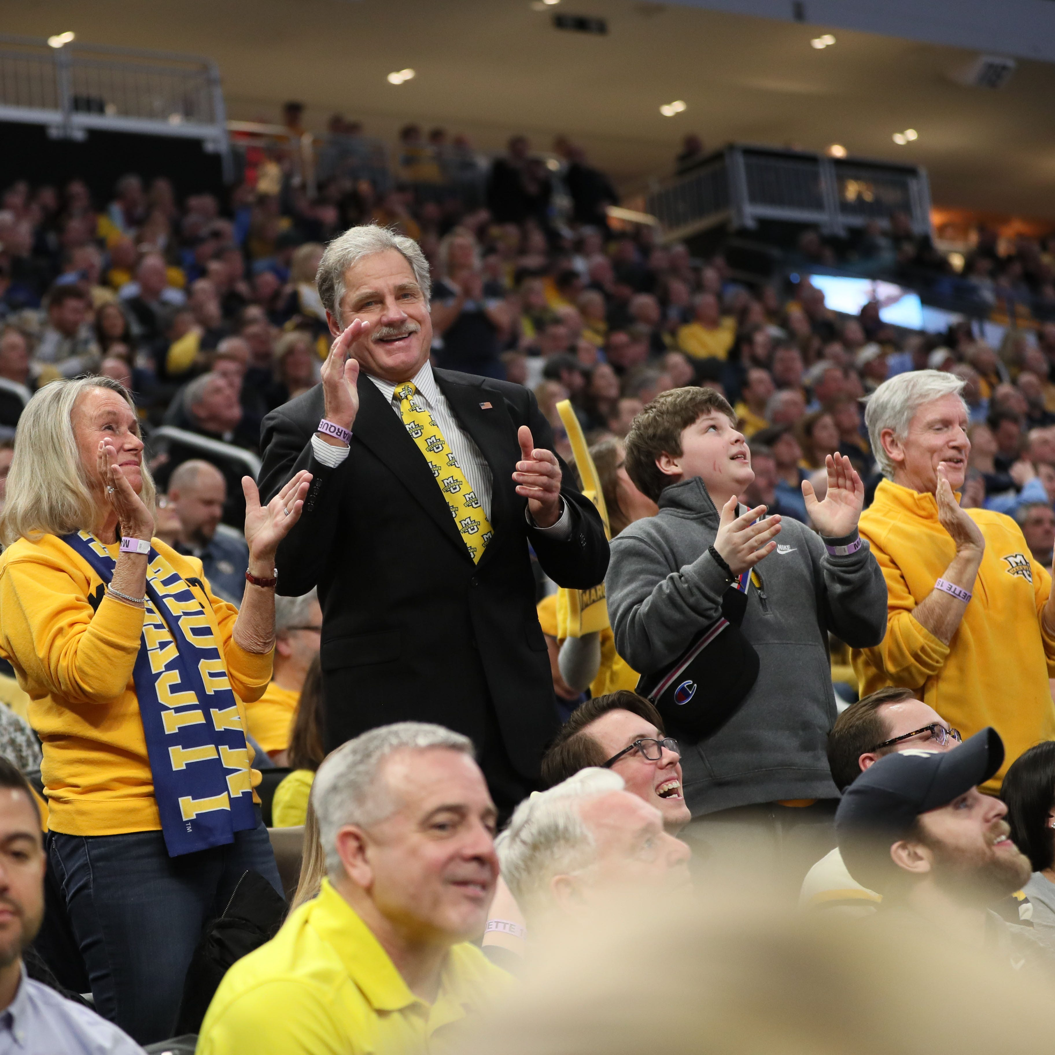 Stingl: Marquette fan, 68, is still the 'jump around guy' after 12 years, and the students love it
