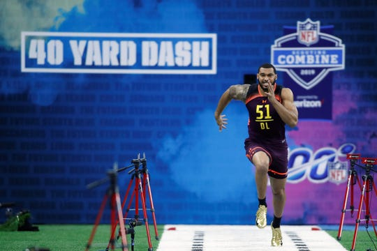 Mar 3, 2019; Indianapolis, IN, USA; Mississippi State defensive lineman Montez Sweat (DL51) runs the 40 yard dash during the 2019 NFL Combine at Lucas Oil Stadium. Mandatory Credit: Brian Spurlock-USA TODAY Sports
