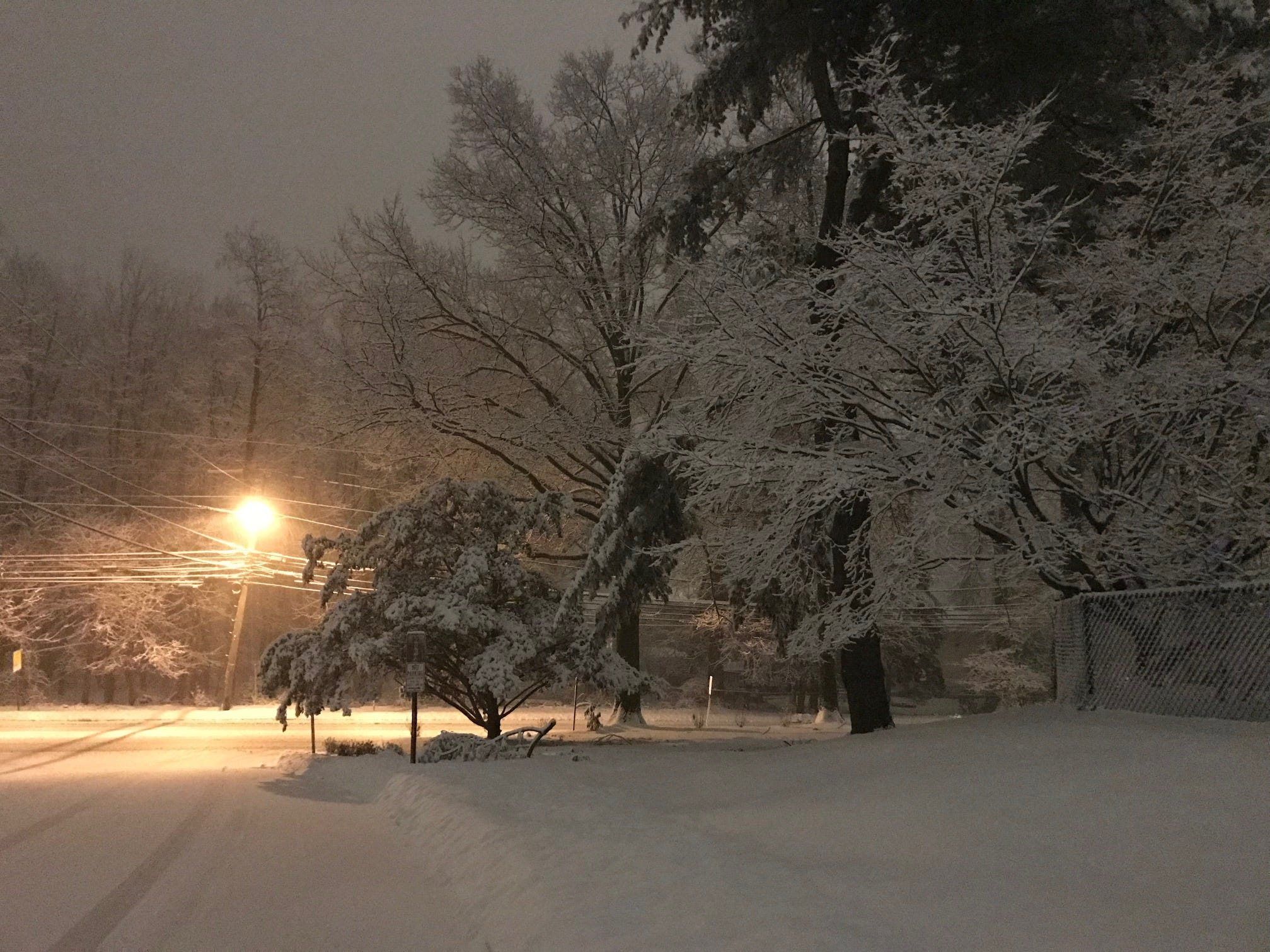 Snow at Ridge Road and Haller Drive in Cedar Grove NJ