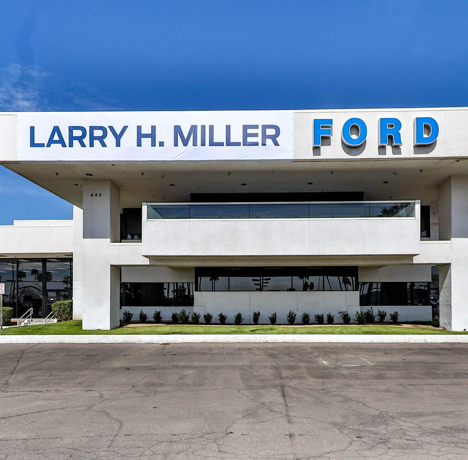 Larry H. Miller adds 13th Arizona auto dealership with Mesa purchase