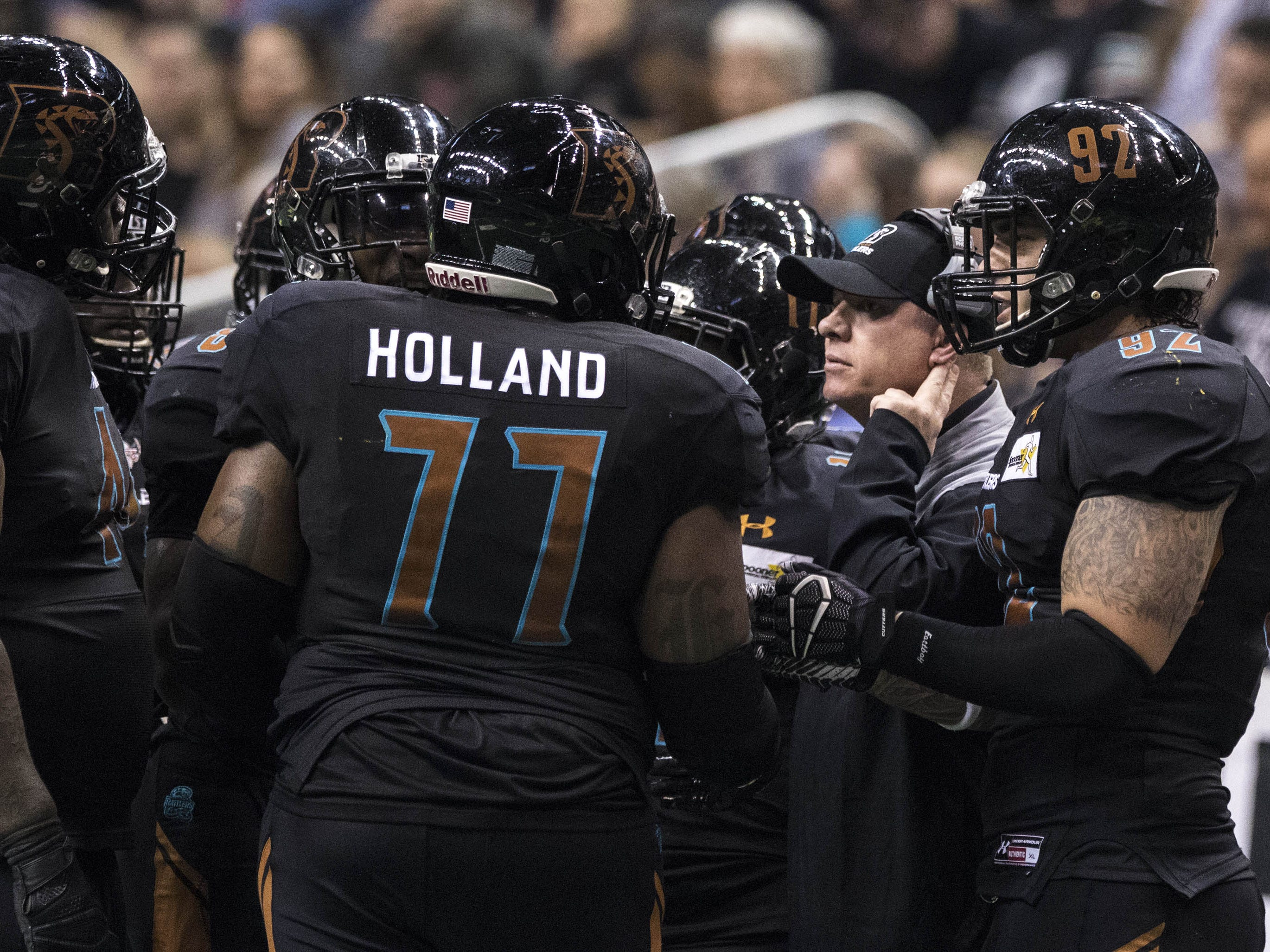Arizona Rattlers' head coach Kevin Guy talks to his team against the Cedar Rapids River Kings during the second half of their game at Talking Stick Resort Arena in Phoenix, Sunday, March 3, 2019.