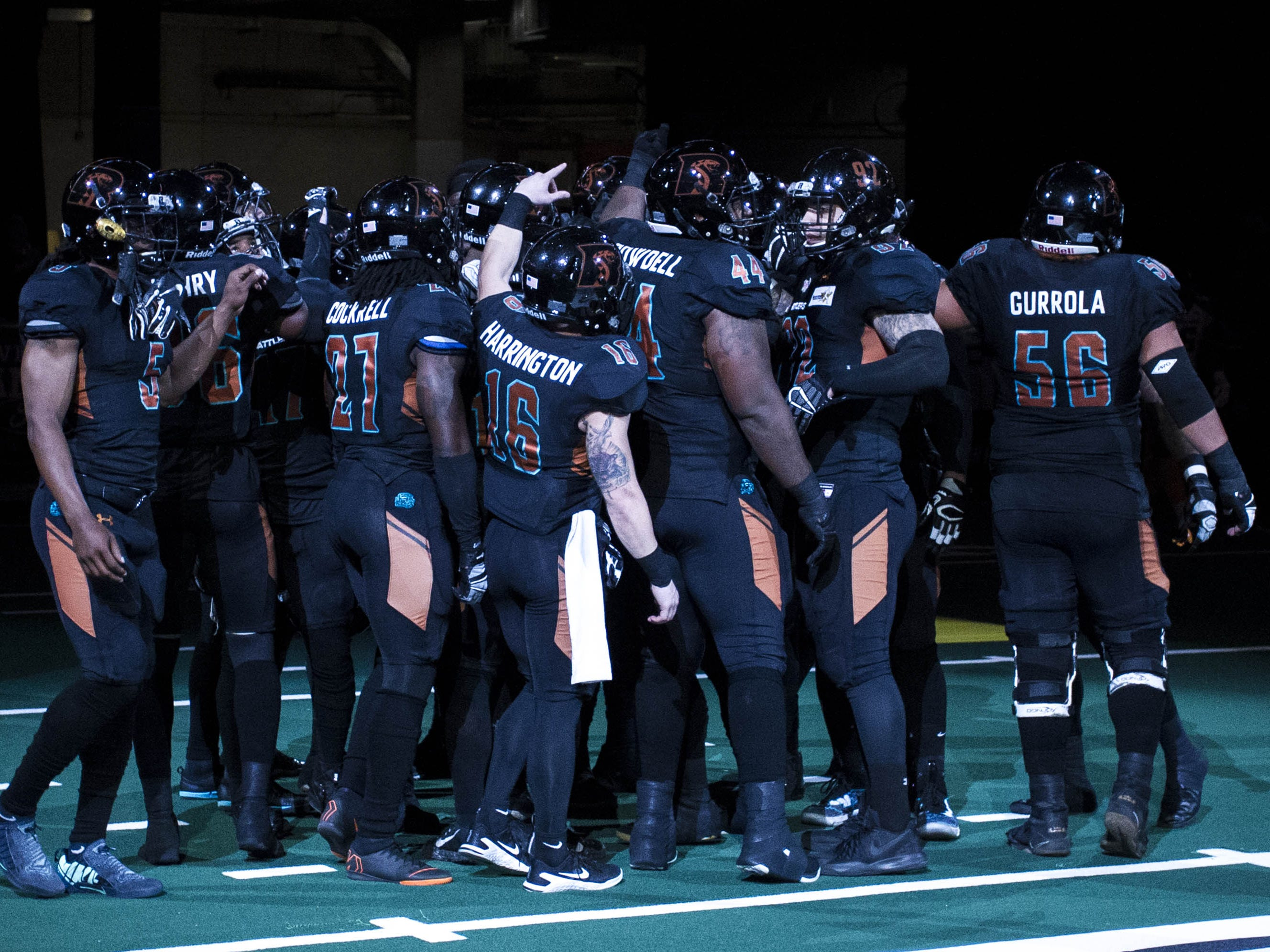 Arizona Rattlers players huddle before their game against the Cedar Rapids River Kings at Talking Stick Resort Arena in Phoenix, Sunday, March 3, 2019.