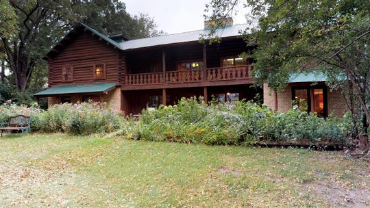 The home itself possesses the rare combination of expansive square footage and the beauty and comfort of a real log cabin.