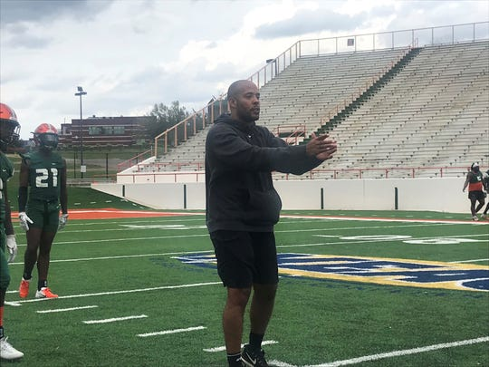 FAMU defensive backs coach Brandon Sharp explains coverage during the first day of spring practice on Sunday, March 3, 2019. He now serves as the pro scout liaison.