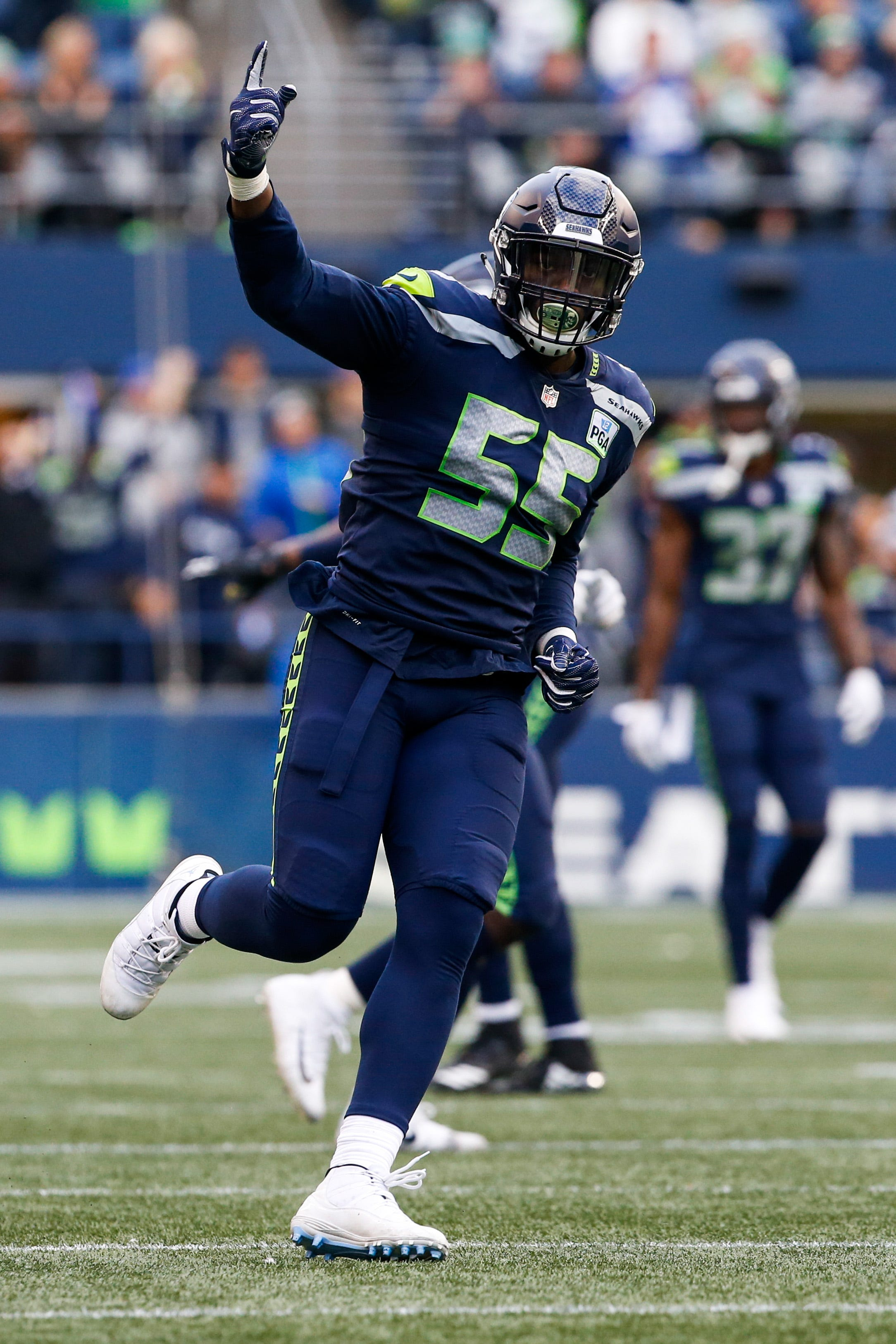 Frank Clark receives franchise tag from Seattle Seahawks